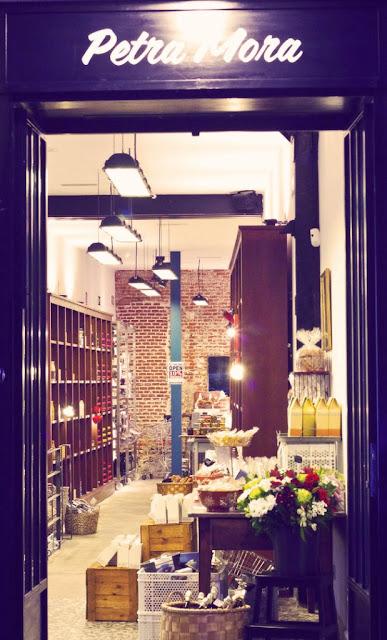 Patra Mora the shop