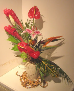Valentine's Flowers for delivery on valentine's day (tropicals)