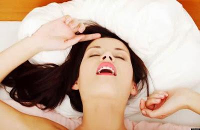 Pria Suka Lihat Ekspresi Wanita saat Orgasme
