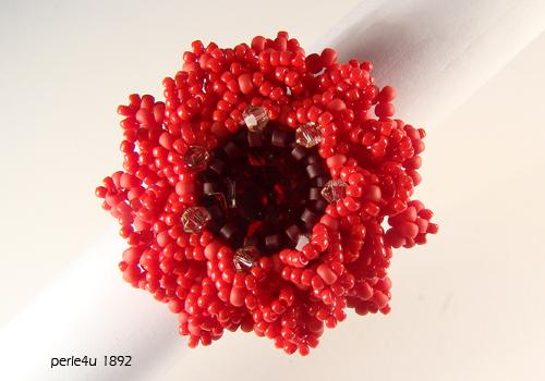 perlen anleitungen schmuck eine rose ist eine rose ist eine rose. Black Bedroom Furniture Sets. Home Design Ideas