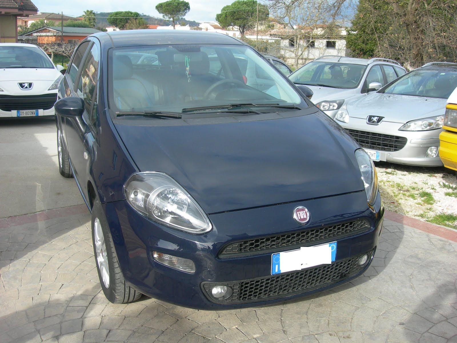 FIAT PUNTO EASY 1.4 METANO ANNO 2012 ACCESSORI FULL OPTIONAL 70.000 KM