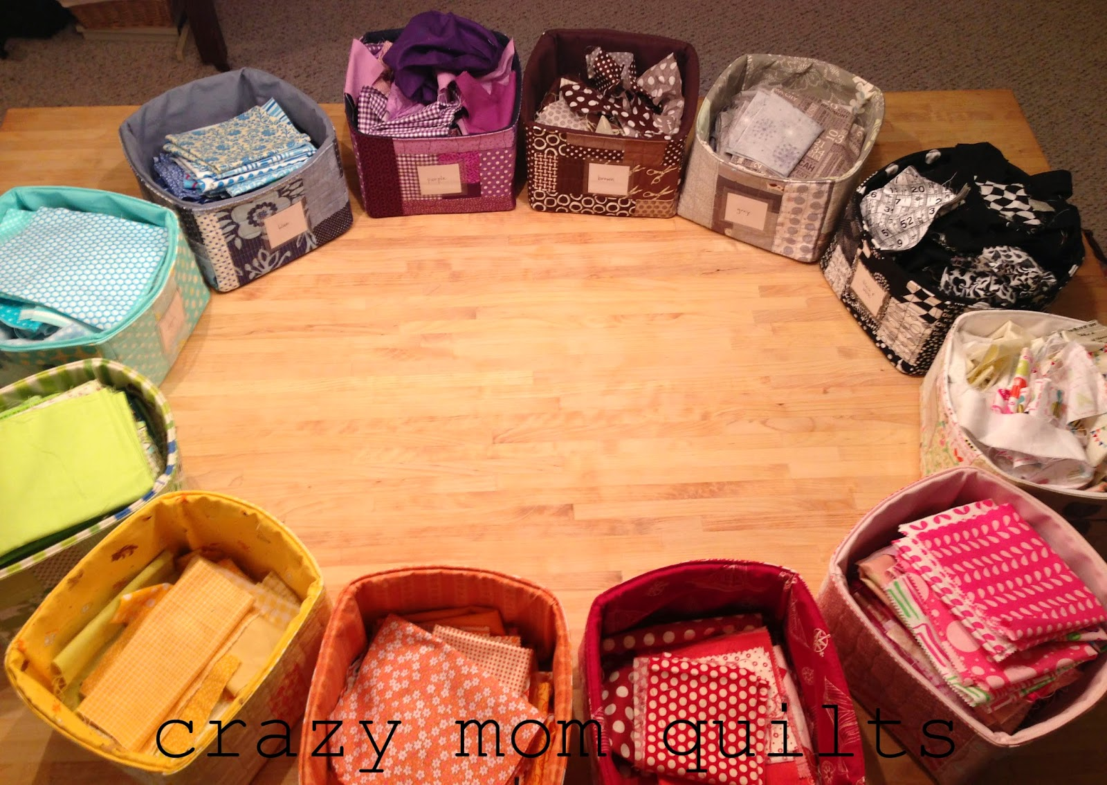 Quilting is more fun than Housework...: Storing Your Scraps : best way to store quilts - Adamdwight.com