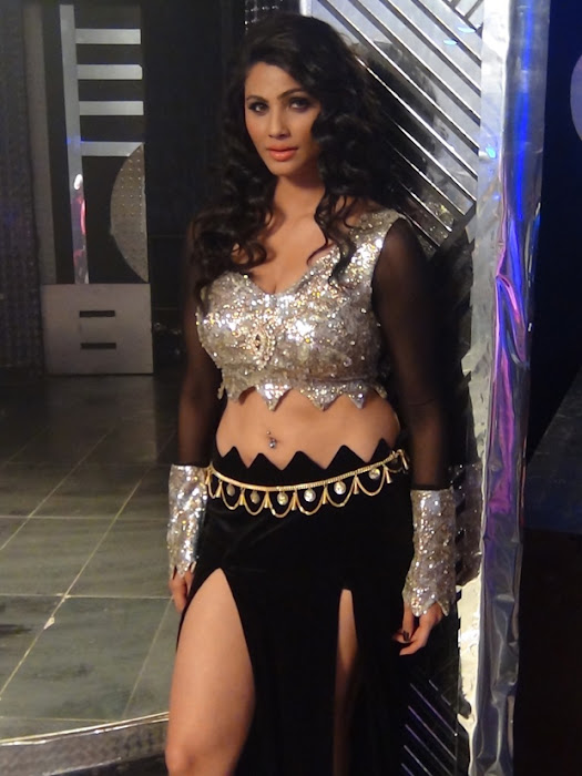 item song in bloody ishq movie