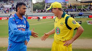 MS-Dhoni-George-Bailey-Star-Sports-5th-ODI-2013