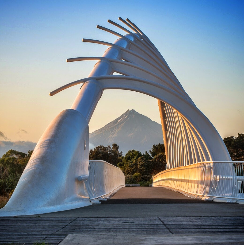 sunrise te rewa rewa bridge mt taranaki