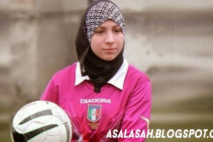 Chahida Chekkafi, Wasit Sepak Bola Berjilbab Pertama