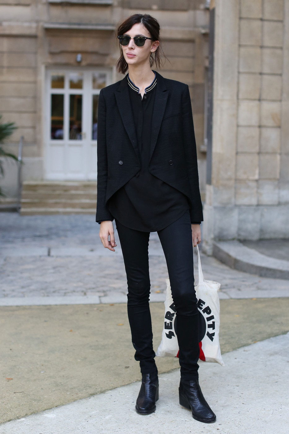 PFW Model Street Style Ruby Aldridgeu0026#39;s All-Black Outfit - The Front Row View