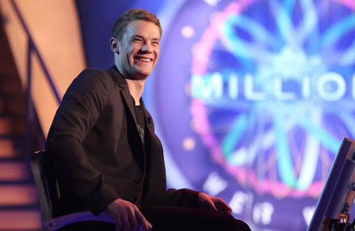 Manuel Neuer appears on 'Wer wird Millionär?', German version of 'Who Wants To Be A Millionaire?'