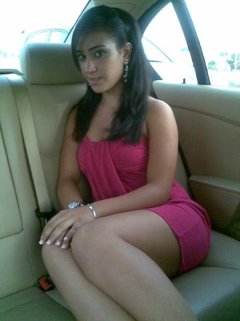 Amazing girl posing in car at Dubai Airport ~ Hot Desi, Pakistani ...