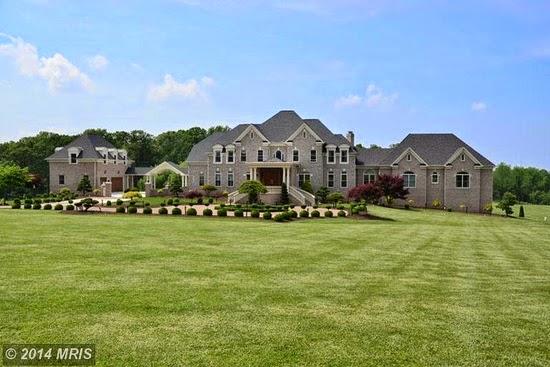 Image gallery large mansions for Big estates for sale