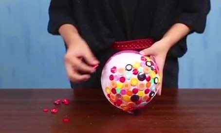 Creative Handcraft Make a bowl of buttons