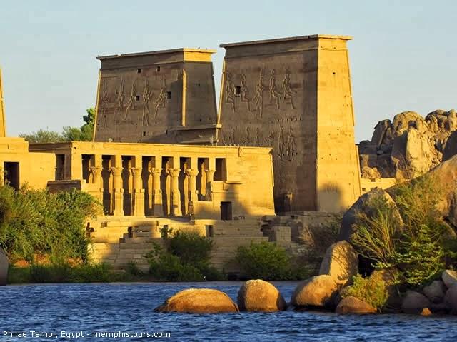 Templo das Filas ( Templo de Ísis ) - Aswan, Rio Nilo, Egito