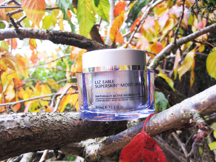 A picture of Liz Earle Superskin Moisturiser review