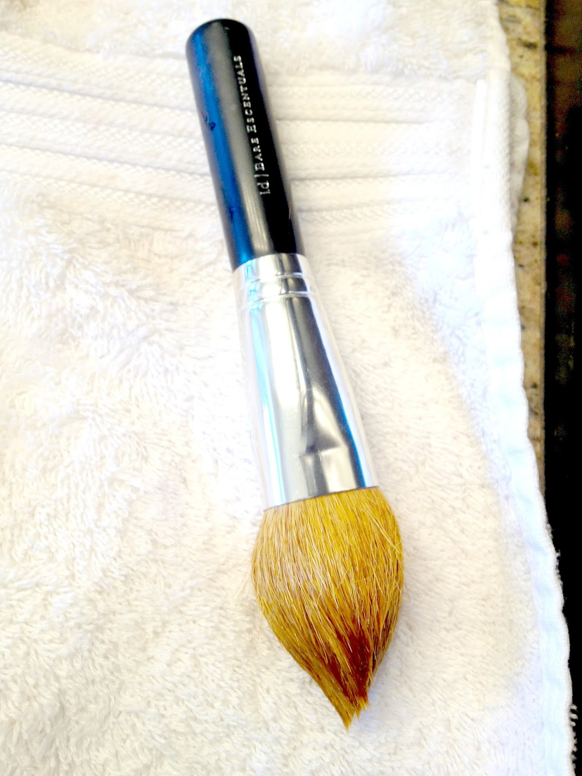 Life Love Larson: Washing Makeup Brushes