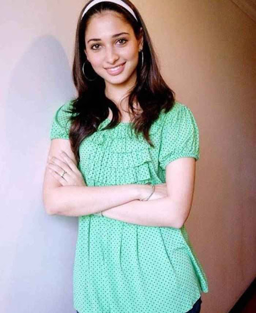 Tamil Hot Actress Tamanna HD Photo