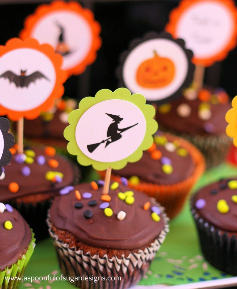 Halloween cupcakes a spoonful of sugar for How to make halloween cupcake cakes