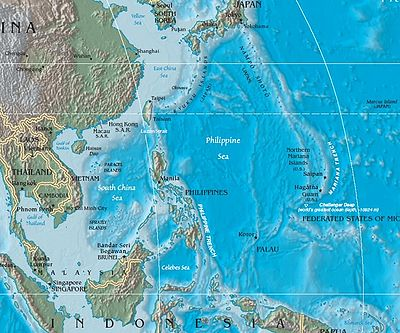 pacific ocean underwater map  the mariana trench is