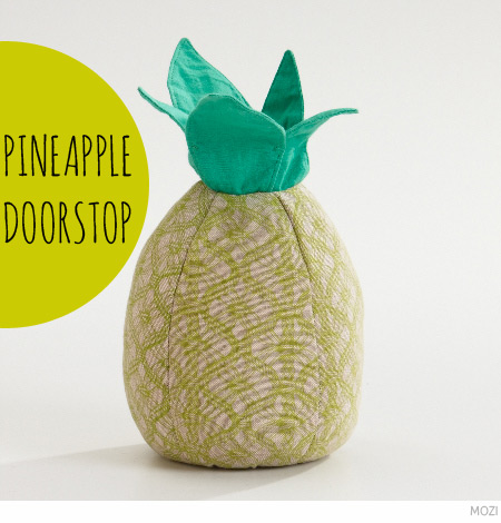 High Quality Pineapple Door Stop From MOZI
