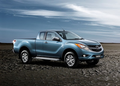 Mazda BT-50 Freestyle (2012) Front Side
