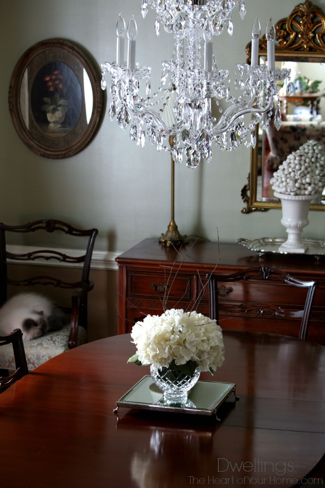 Hydrangea Centerpiece Dining Room : Dwellings the heart of your home new dining room centerpiece