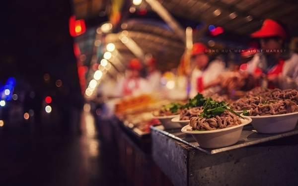 pasar-malam-dong-hua-men-china