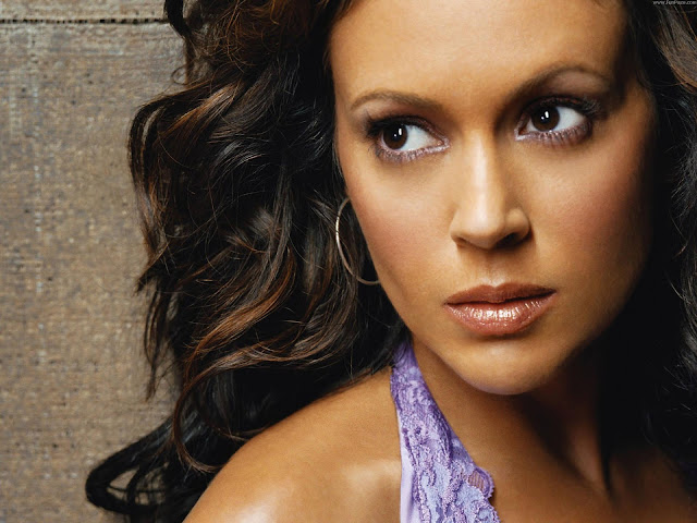 Alyssa Milano HD Wallpaper -08