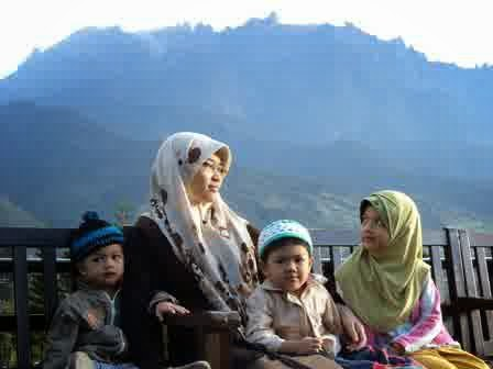 ibu muslimah, perempuan, sang pena