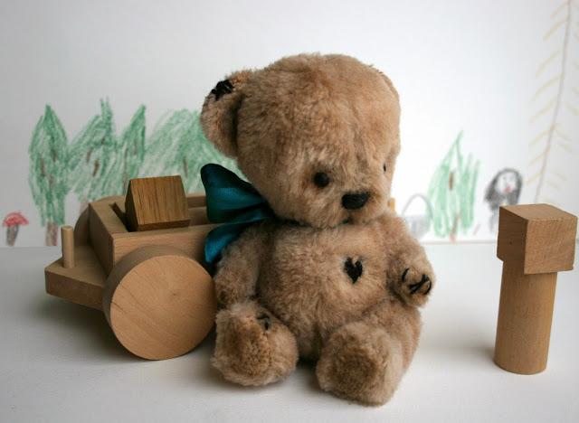 Collectible art teddy bear