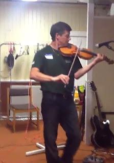 Verona fiddler