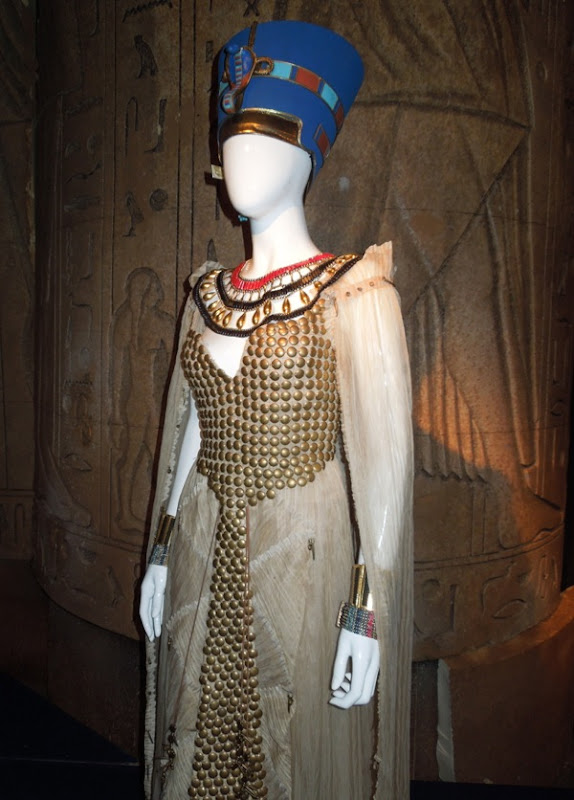 Egyptian Nefertiti costume Doctor Who