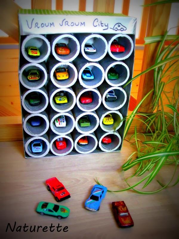naturette: garage à voitures