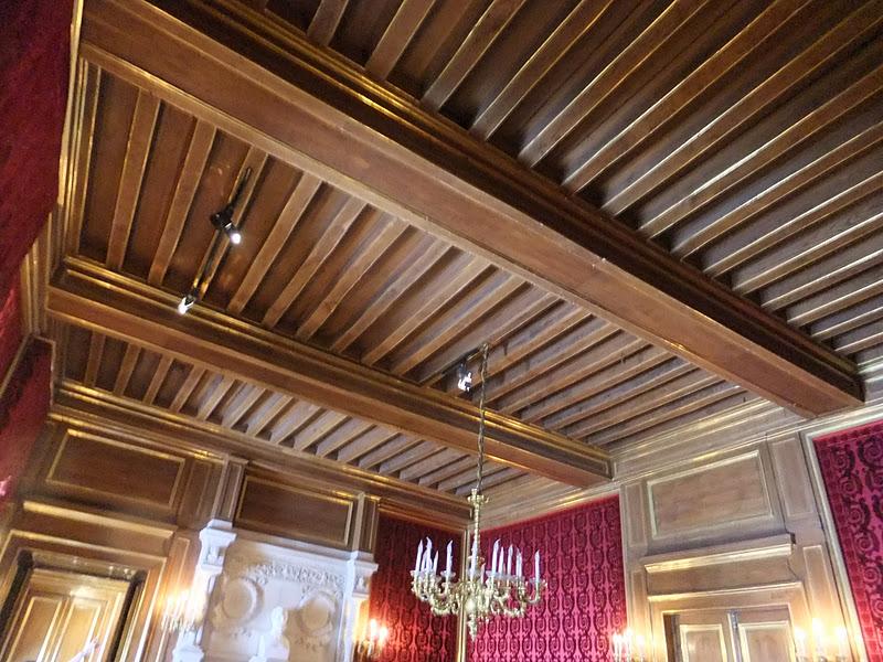 ballades-page3873: le Chateau d\'Henri IV
