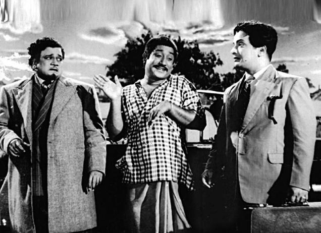 M.R. Radha, Shivaji Ganesan & M.N. Nambiyar in 'Bhaga Pirivinai' Movie