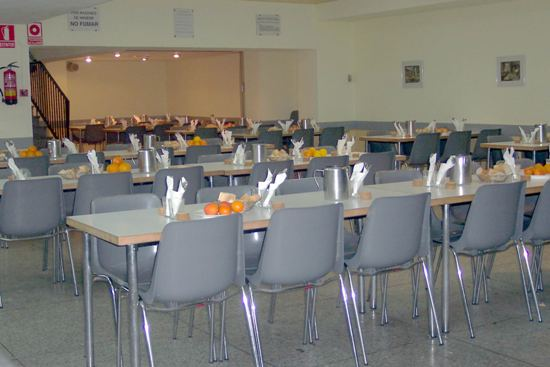 Trabajo social zaragoza parroquia del carmen for Mision de un comedor industrial