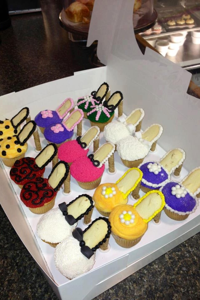 Cupcake High Heels With Milano Cookies