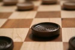 Поиграй в шашки