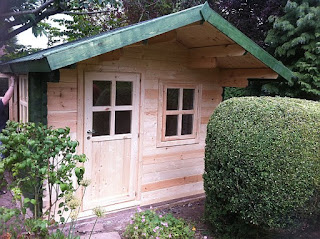 devon log cabin
