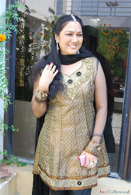 Actress Hema Aunty High Quality Photos