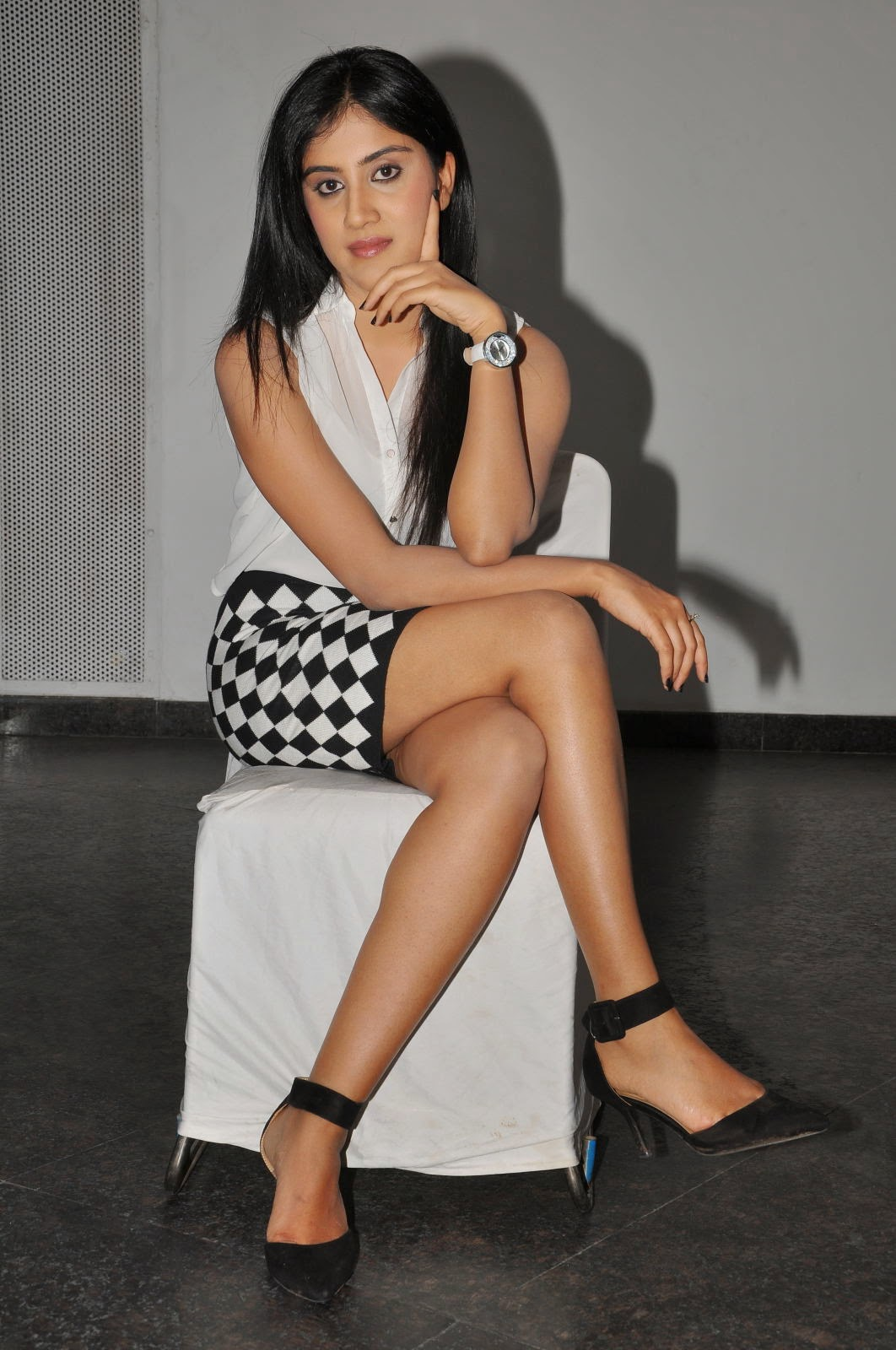 Dhanya Balakrishna Latest Glamorous Photos-HQ-Photo-6
