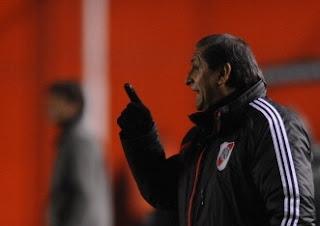 Ramón, Ramón Díaz, Pompei, River, River Plate, Arsenal, Sarandi, Offside