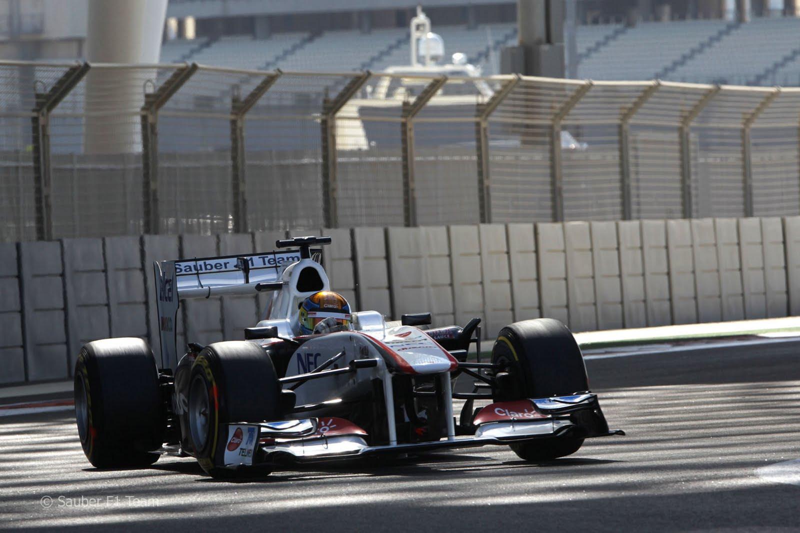 http://2.bp.blogspot.com/-J6wXnl8NAzw/TuvfDqq25xI/AAAAAAAAByI/KxjIJpgmvmw/s1600/F1_2011_Test_YasMarina_Gutierrez_Sauber_18.jpg