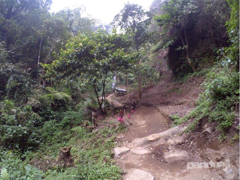 Kawasan Air Terjun Sirah Kencong