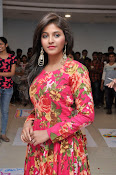 anjali latest glamorous photo gallery-thumbnail-7