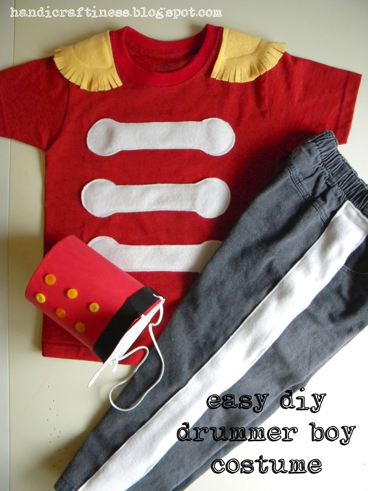 The pretty kitty studio an easy diy drummer boy costume an easy diy drummer boy costume solutioingenieria Images