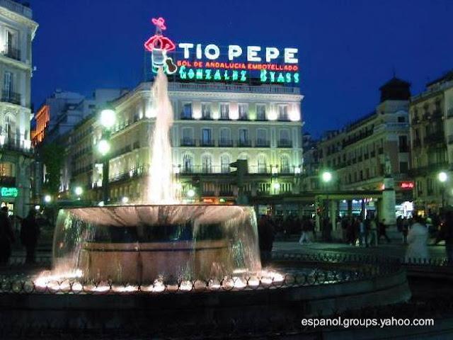 Puerta del Sol de noche - Madrid