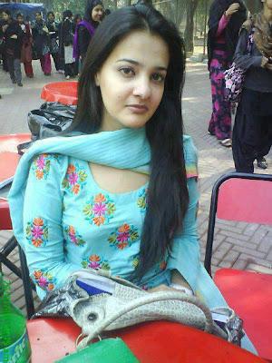 Most attractive paki girl