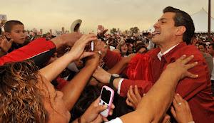 Enrique Peña Nieto asegura en Mexicali que los enemigos del PRI son el desempleo y la inseguridad.