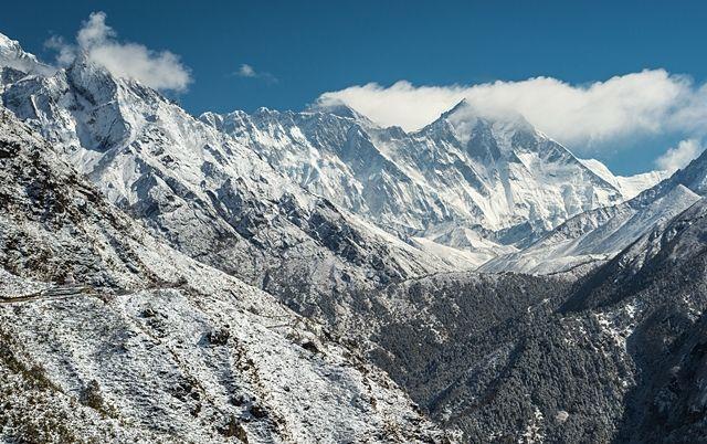 Everest-Cordillera-Himalaya-Nepal