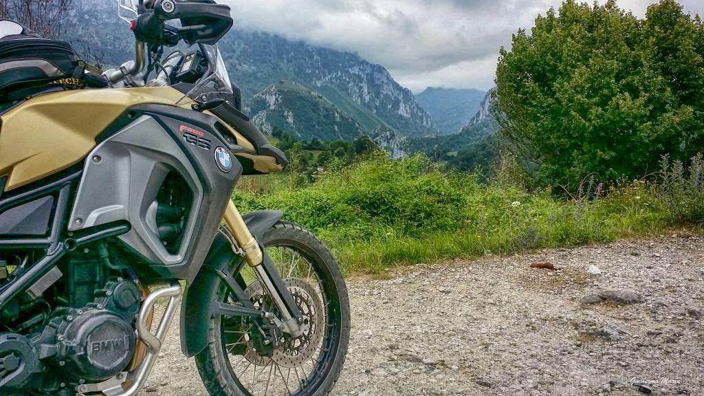 Picos de Europa. BMW GS 800