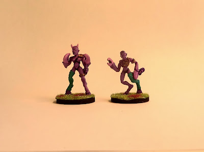 Slaanesh, Daemonette, demonette, Fleshthrob, thirteenth, unreleased, oop, Games, Workshop, blood, bowl, team, painted